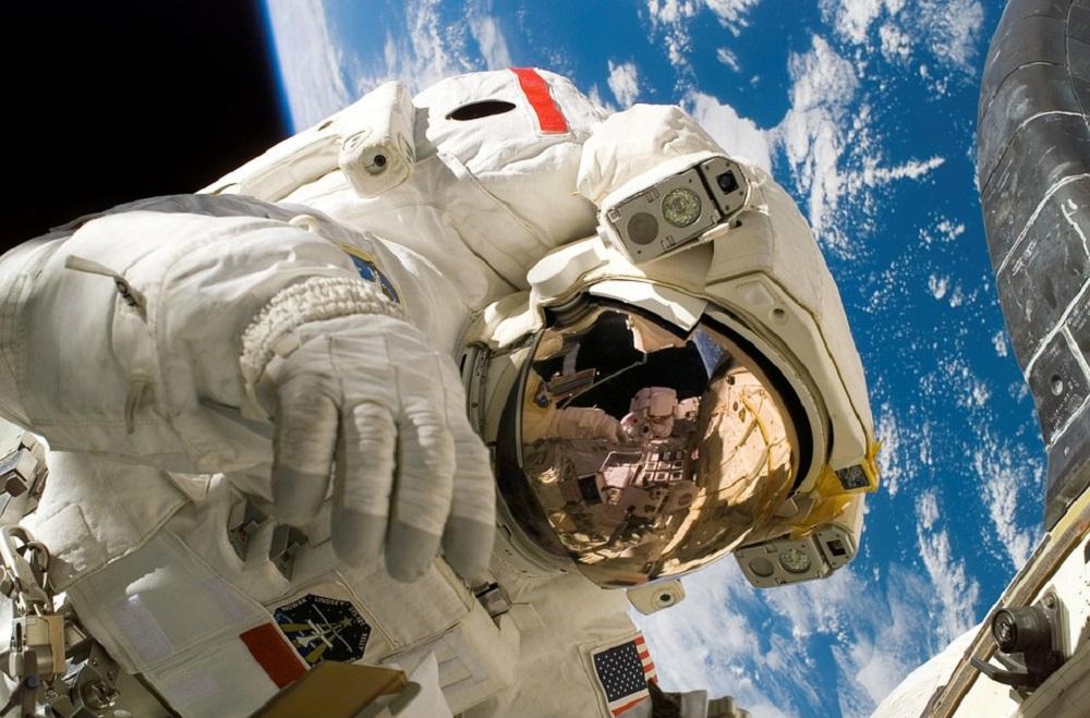 Астронавт НАСА, обвиняемый в первом преступлении в космосе 1