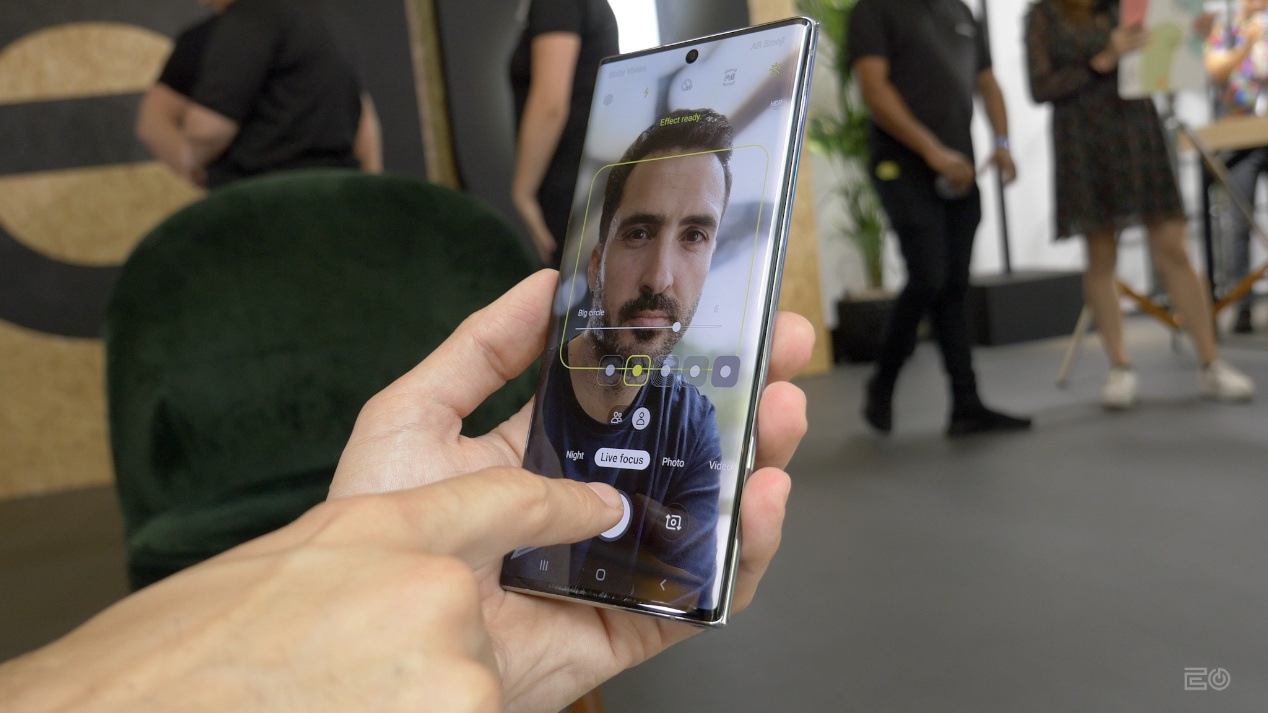Galaxy Note  10+ уже имеет лучший экран в мире по версии DisplayMate