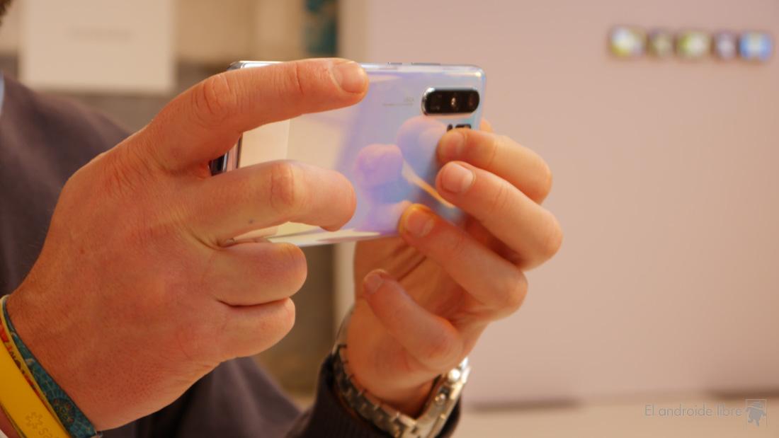 Телефоны, которые заряжаются быстрее и которые можно купить 1