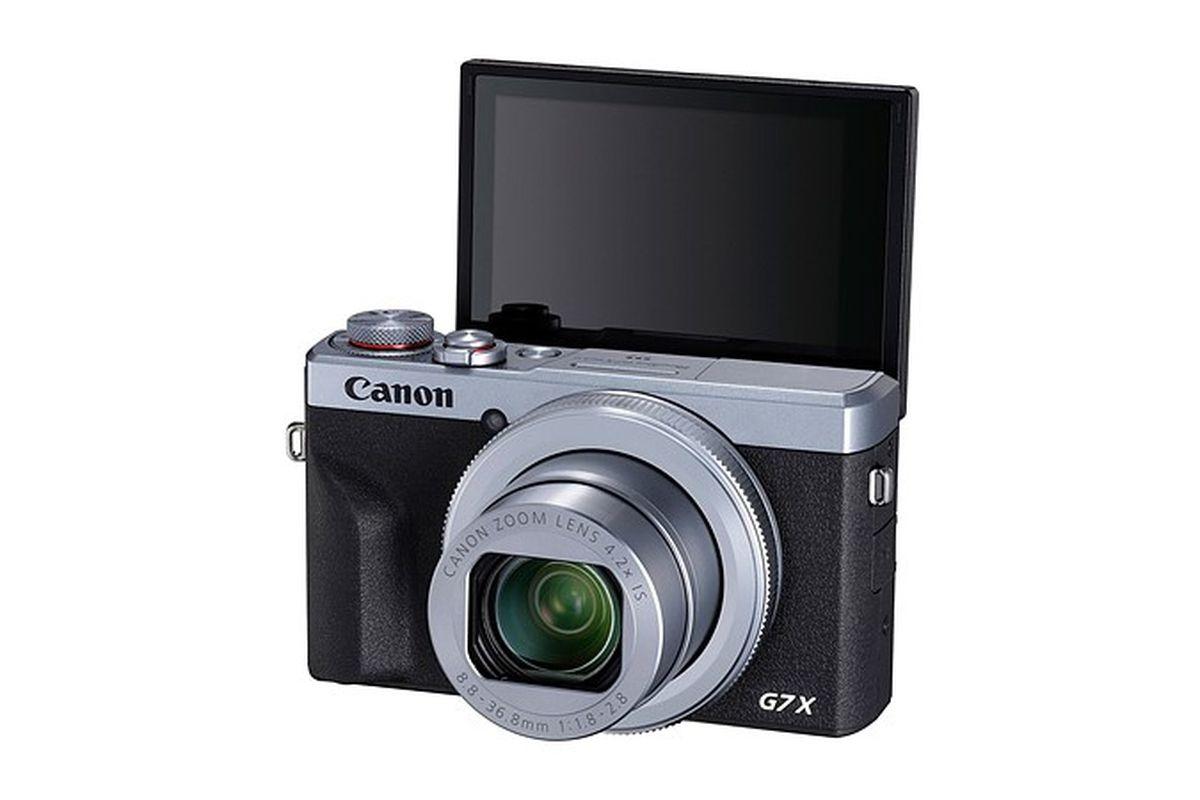 Canon выпустит камеру, способную записывать вертикальное видео и транслировать в прямом эфире на YouTube 1