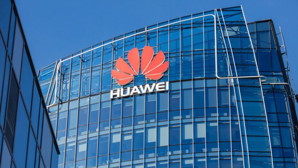 США предлагают 1 млрд долларов для операторов на удаление комплекта Huawei