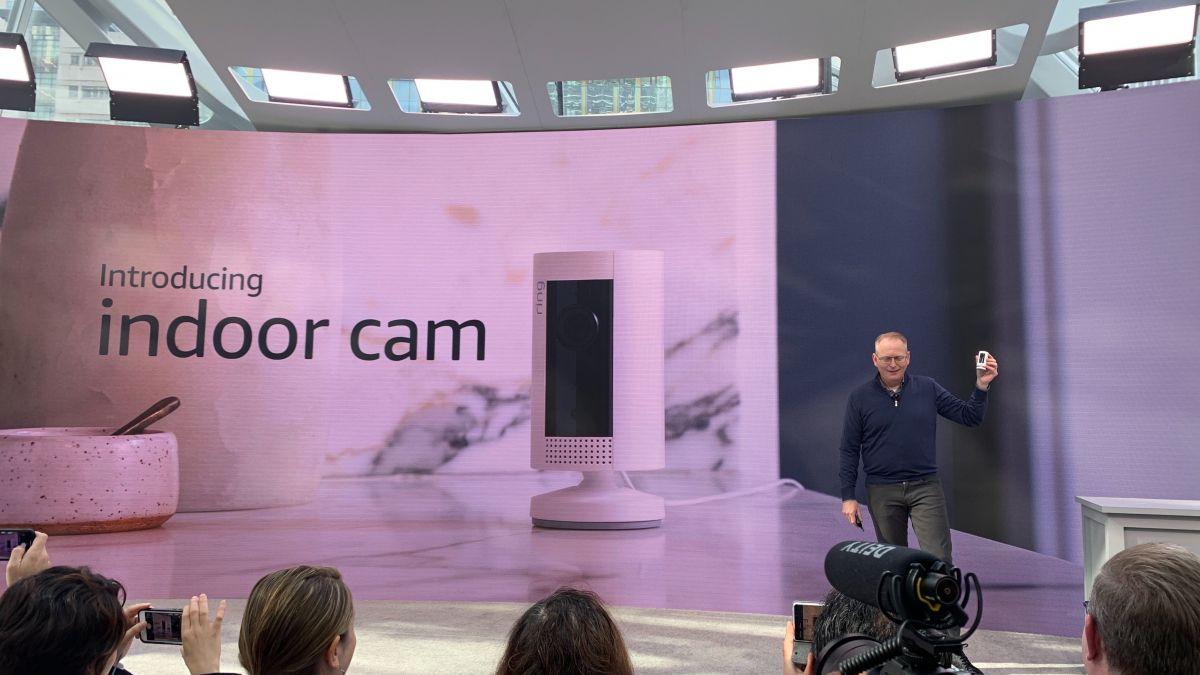 Две новые кольцевые камеры предлагают дешевую домашнюю безопасность для вашего подающего надежды соединения