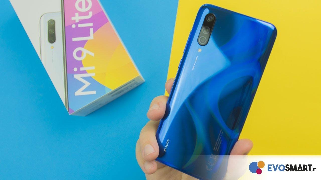 Распаковка Xiaomi Mi 9 Lite: семейство Mi 9 завершено!