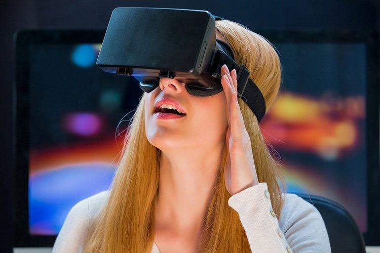 Facebook Подтверждает план по созданию очков AR; Создание 3D «живых карт» мира