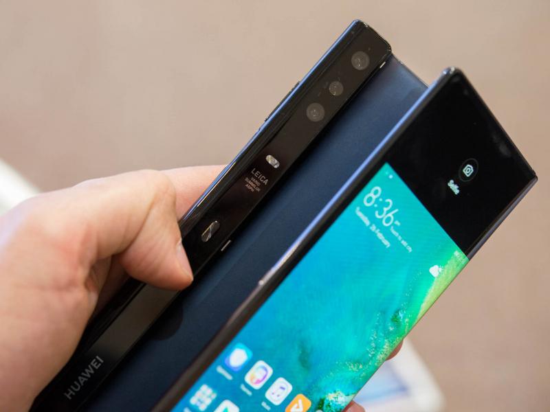 Huawei: релиз Mate X официально подтвержден на октябрь