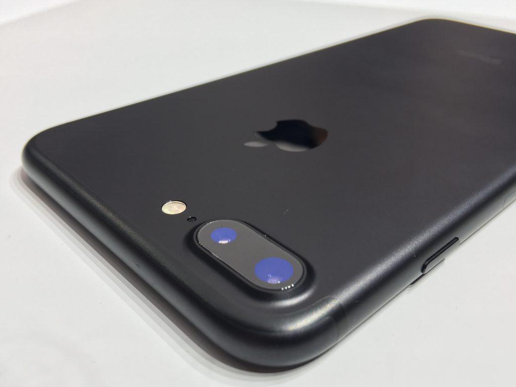 iPhone 7 Plus, любимый сын семьи
