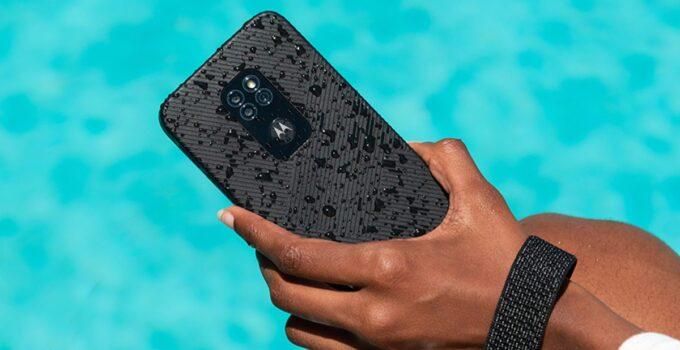 Выпуск защищенного телефона Motorola Moto Defy по цене 279 фунтов стерлингов 329